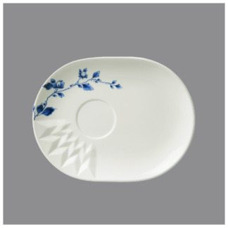 12. Oval saucer 'Blauw Vouw' (matches blauw vouw coffee and cappuccino mug)