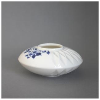 16. Small Vase nr. 2 'Blauw Vouw'