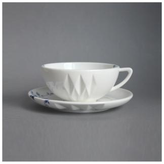 11. Cup & Saucer 'Blauw Vouw'